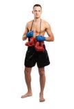 Jeune homme de boxeur d'isolement sur le fond blanc Image libre de droits