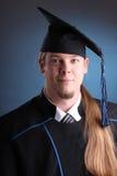 Jeune homme de graduation Images libres de droits