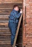 Jeune homme de poids excessif heureux Photo stock