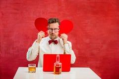 Jeune homme drôle avec le coeur brisé abstrait Photo libre de droits