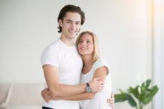 Jeune homme et femme ensemble Images libres de droits
