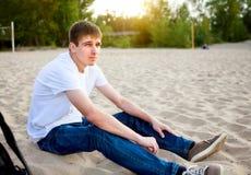Jeune homme extérieur Photo libre de droits