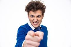 Jeune homme fâché se dirigeant à vous Photos stock