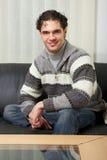 Jeune homme heureux Photographie stock libre de droits