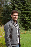 Jeune homme heureux Images stock