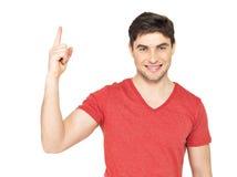 Jeune homme heureux avec le bon signe d'idée Images libres de droits