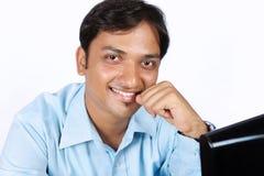 Jeune homme indien d'affaires photographie stock libre de droits