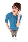 Jeune homme parlant sur le téléphone portable Image libre de droits