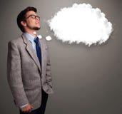 Jeune homme pensant au discours de nuage ou à la bulle de pensée avec la cannette de fil Photos stock