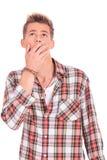 Jeune homme stupéfait Image stock