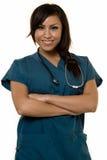 Jeune infirmière hispanique Photographie stock