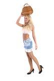 Jeune joli femme avec un panier wattled dans la tête Photos stock