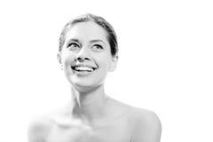 Jeune jolie femme avec le grand blanc de soins dentaires Image stock