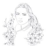 Jeune jolie verticale de femme Sakura fleurit la fleur Fille romantique de dame Image stock