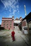 Jeune lama tibétain Images stock