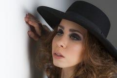 Jeune Madame élégante Photographie stock libre de droits