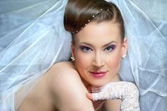 Jeune mariée élégante Photo stock