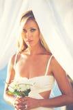 Jeune mariée avec le bouquet Photo libre de droits