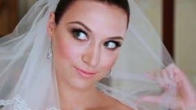 Jeune mariée belle et d'Excitied banque de vidéos