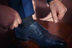 Jeune mariée bleue classique de chaussure Images libres de droits