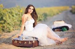 Jeune mariée d'emballement Photos stock