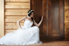 Jeune mariée de campagne Photo libre de droits