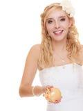 Jeune mariée de femme avec la tirelire Image stock