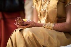 Jeune mariée de Malayalee à une cérémonie de mariage Image stock