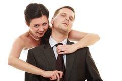 Jeune mariée dominante avec le mari Photo libre de droits