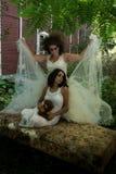 Jeune mariée et fille Image stock
