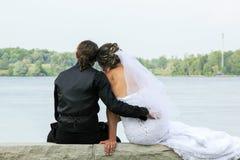 Jeune mariée et marié Photos stock