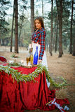 Jeune mariée mignonne dans le style américain Images stock