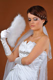Jeune mariée posant dans le tir de studio Image libre de droits