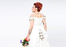 Jeune mariée tatouée Photographie stock libre de droits
