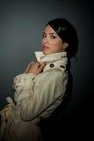 Jeune modèle de mode mince Photographie stock