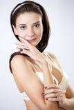 Jeune modèle de mode posant dans les sous-vêtements Images stock