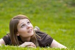 Jeune modèle de sourire photos libres de droits