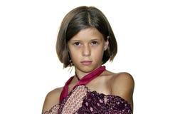 Jeune modèle se tenant le premier rôle étroitement d'isolement Image stock