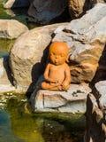 Jeune moine Clay Dolls de méditation Photographie stock libre de droits