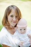 Jeune mère Images stock