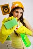 Jeune nettoyeur d'hublot   Images stock