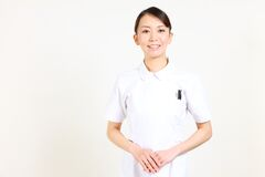 Jeune nurse  japonais agréable Image stock