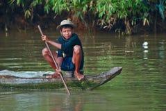 Jeune pêche de garçon de khmer Images stock