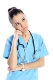 Jeune pensée de médecin Photo stock