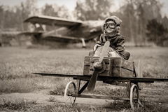 Jeune pilote photographie stock libre de droits