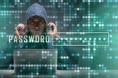 Jeune pirate informatique dans le concept cybersecurty image stock