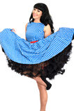 Jeune polka effrontée sexy attrayante Dot Dress de Posing In Retro de modèle de Pin- de vintage Photos libres de droits
