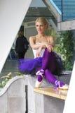 Jeune pose élégante de ballerine Photos libres de droits
