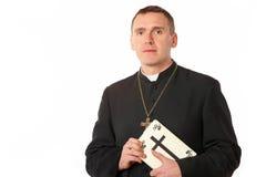 Jeune prêtre photo libre de droits