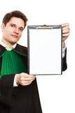 Jeune presse-papiers masculin de prise d'avocat Photographie stock